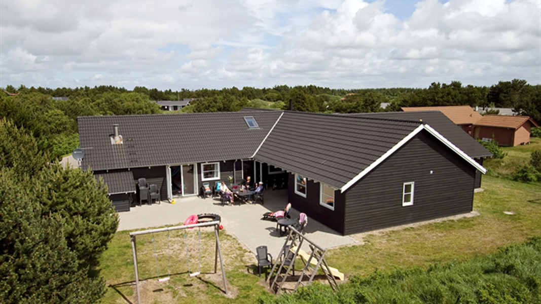 Engesø Aktiv-Poolhus außen