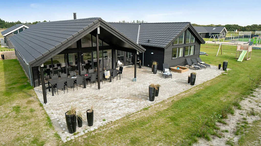 Landsø Poolhus außen