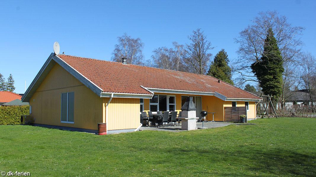 Marielyst Poolhaus außen