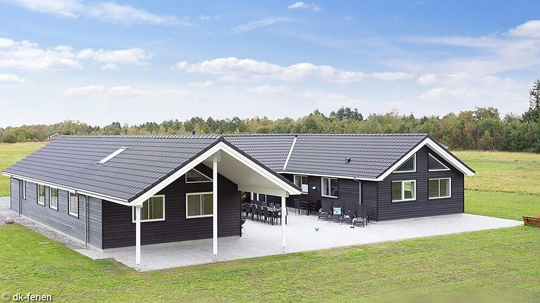 Bøtø Poolhus außen