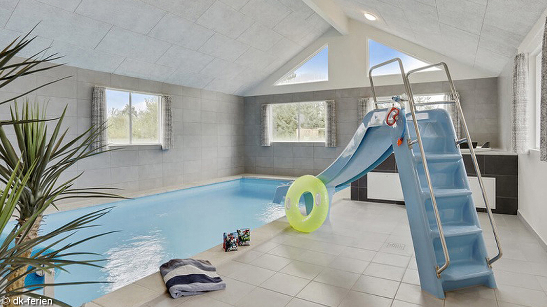 Bøtø Poolhus innen